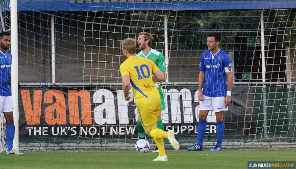 Agony for Stones as Concord take a one-goal lead (photo: Alan Palmer)